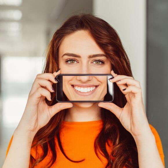 Zâmbet nou la început de an! Etapele tratamentului cu implant dentar